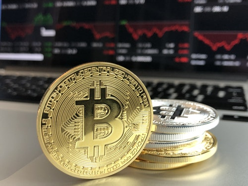 how to use cryptocurrency for business